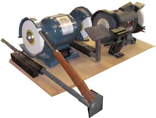 Wood lathe tool sharpening system