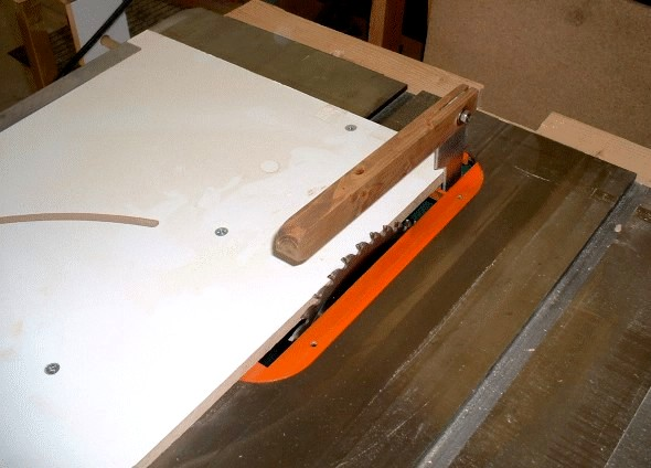 How to make your own table saw splitter blade guard Table saw splitter